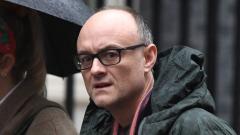 英国首相顾问被曝出现新冠症状后违反封城禁令外